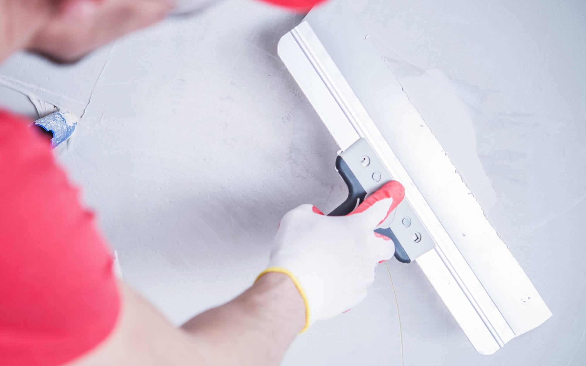 mendoza-drywall-repair-sl1-1-2000x1250